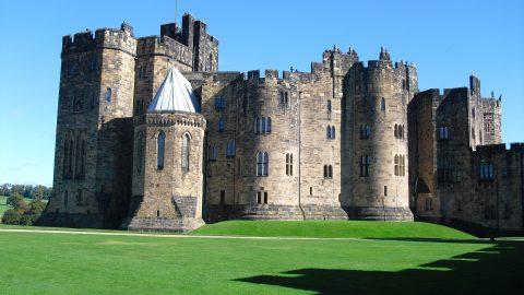 alnwick-castle.png