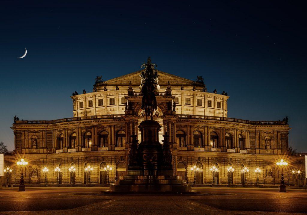 Flüge nach Dresden, Deutschland