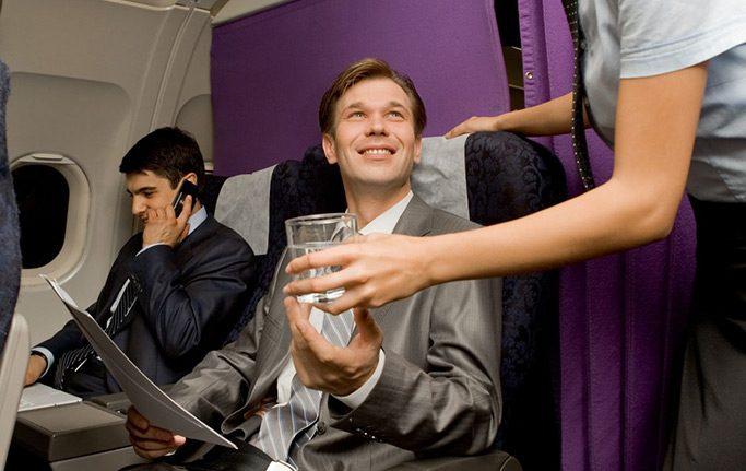 Flugzeug-Knigge: So verhalten Sie sich im Flugzeug richtig