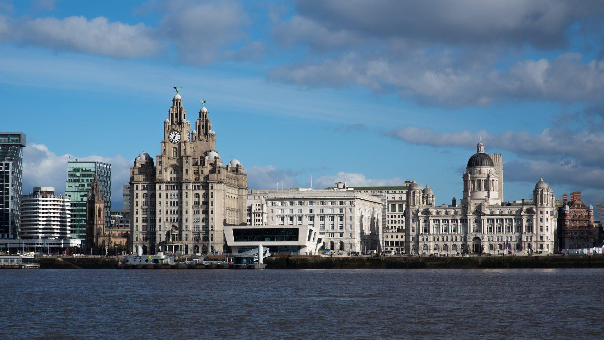 Flüge nach Liverpool